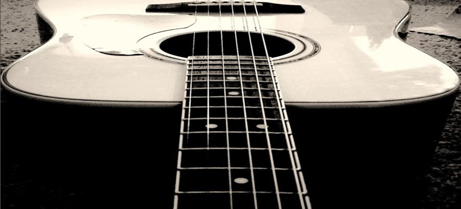 Lessons available in Electric, Acoustic and Classical Guitar